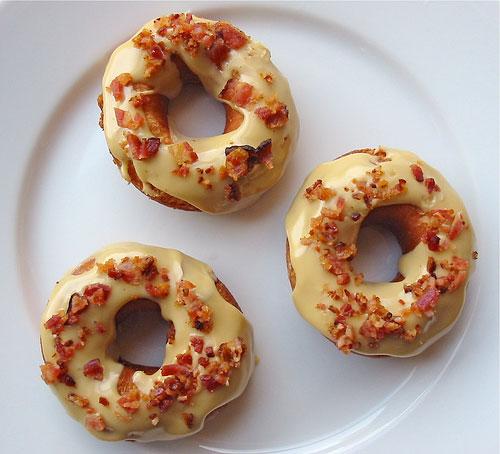Breakfast Food: Doughnuts + Bacon = Bacon Doughnuts | Sweet Iced Tea