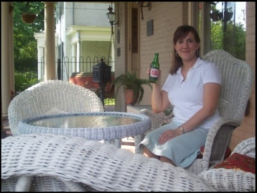 Distinctively Southern Wicker Furniture Sweet Iced Tea