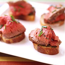 valentines - filet mignon toasts